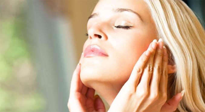 сухая и чувствительная кожа лица особенности ухода процедуры